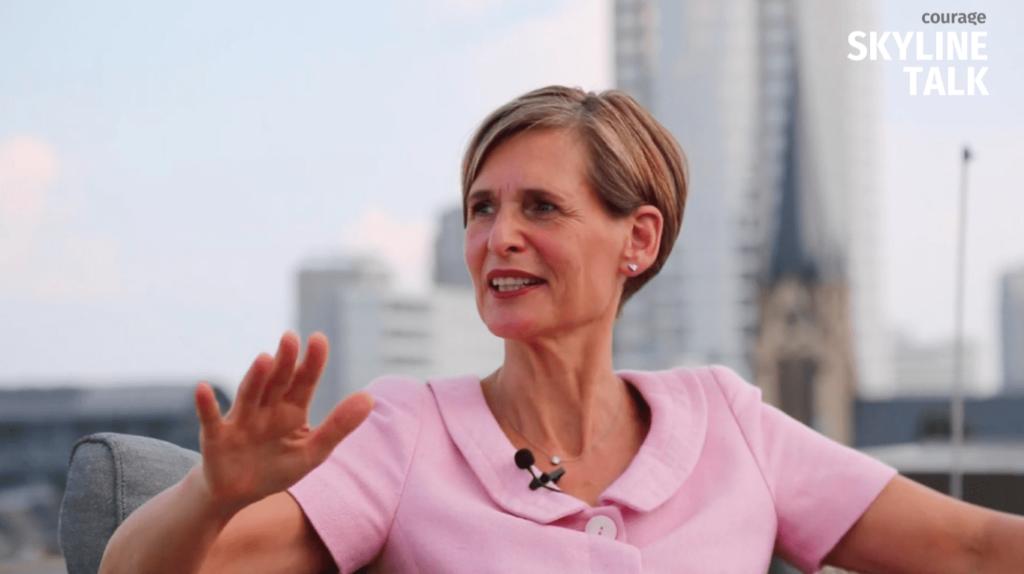 Video - Dr. Bettina Breitenbuecher